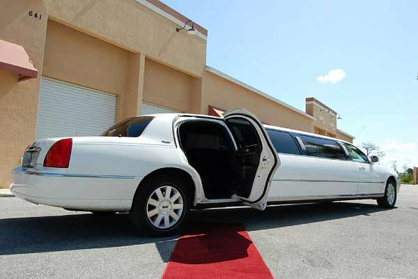 Lincoln stretch limousine indianapolis